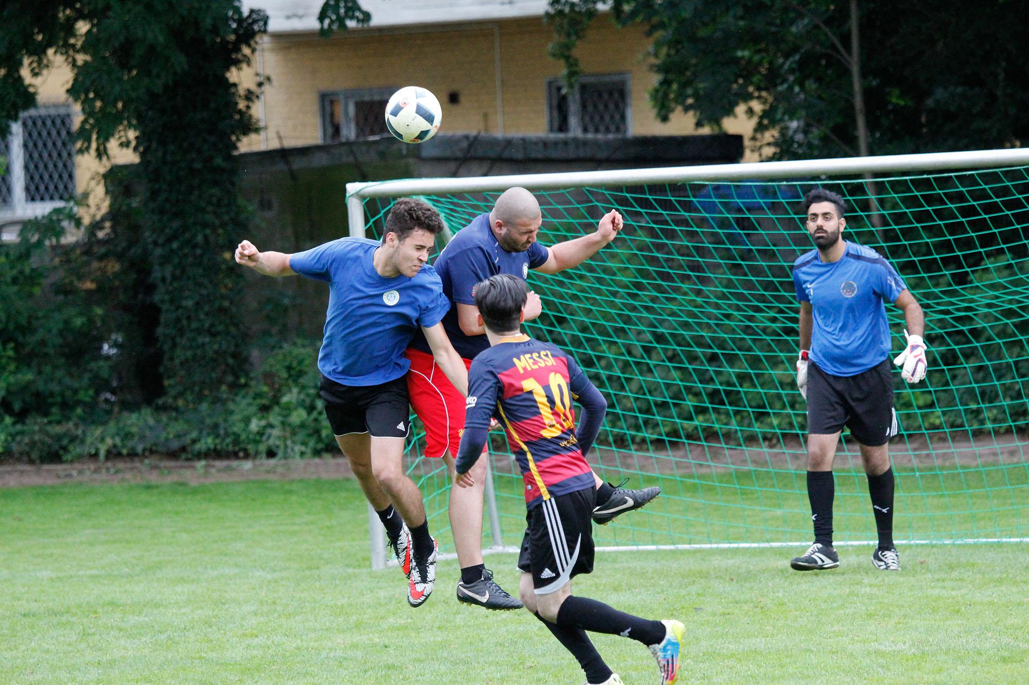 Kick gegen rechts – traditionelles Fußballturnier der DIDF Jugend (mit Bildergalerie)