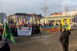 """Demo fordert """"Freiheit für Öcalan"""""""