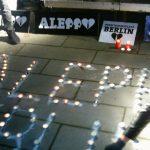 """Mahnwache """"Steh auf Aleppo"""" am Alten Meßplatz."""