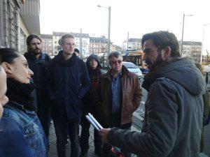 Unterschriftenübergabe: Das Kardeş Stehcafé soll erhalten bleiben