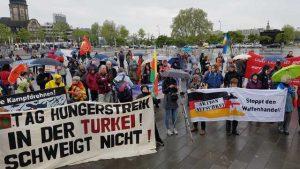 500 Menschen bei Ostermarsch in Mannheim