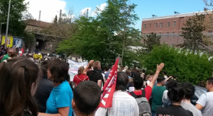 600 Menschen demonstrieren in Pforzheim gegen das dortige Abschiebegefängnis