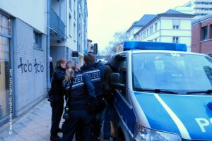 Für Hilde Domin und gegen AfD-Veranstaltungen in städtischen Gebäuden (mit Bildergalerie)
