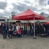 Beschäftigte bei Apleona Wolfferts in Mannheim informieren sich zum aktuellem Stand der Tarifrunde 2018