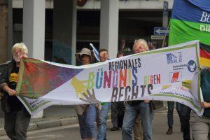"""""""Hambach ist Vielfalt"""": Demo gegen AfD Veranstaltung auf dem Hambacher Schloss [mit Bildergalerie]"""