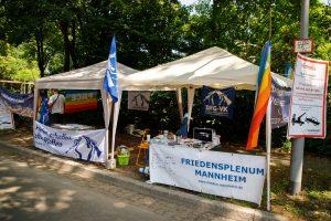 """Krieg als Familienfest: Der """"Tag der Bundeswehr"""" in Mannheim"""