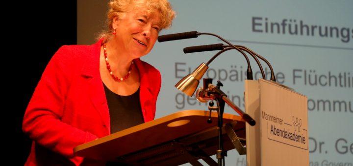Mannheim: Stadt der Zuflucht und Integration - Fachkonferenz mit Frau Prof. Schwan in der Abendakademie (mit Bildergalerie)