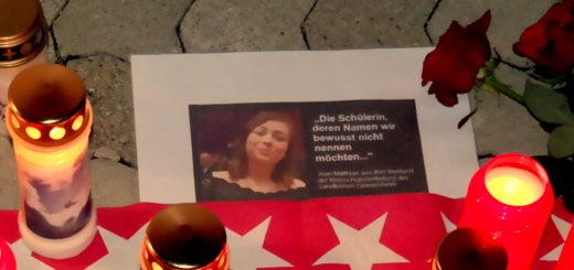 Kandel in Ohnmacht: Rechtes Frauenbündnis demonstriert am Todestag von Mia V. (mit Bildergalerie)