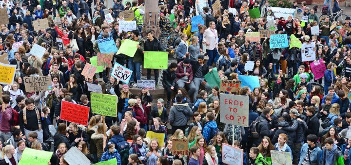 Fridays for Future Demo: Heidelberg meldet sich beeindruckend zurück (mit Kommentar, Video und Bildergalerie)