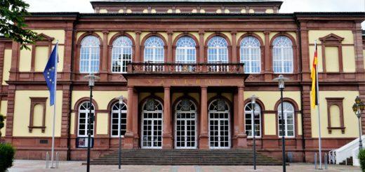Bündnis gegen Rechts veranstaltet Demokratiefest in Neustadt/Weinstraße