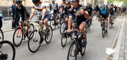 Atomwaffen ins Museum - 150 Rennradfahrer*innen unterwegs für Abrüstung