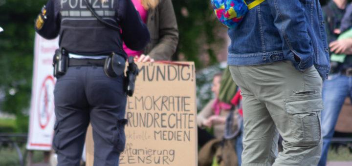 Mannheim: Polizei löst unangemeldete Demo der rechten Szene auf