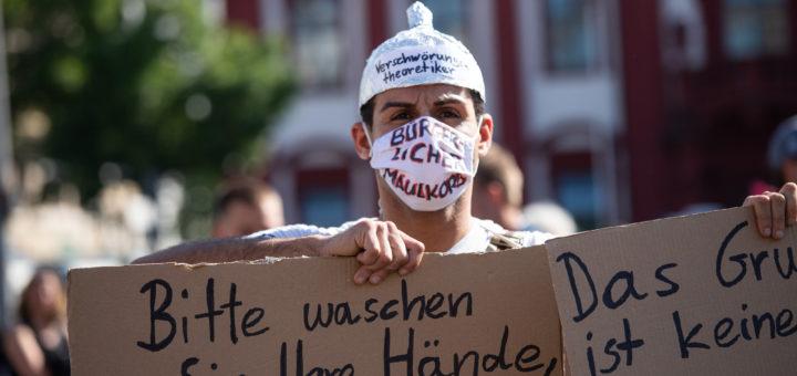 Corona-Demos am Pfingstsonntag in Mannheim - Wer demonstriert für was?