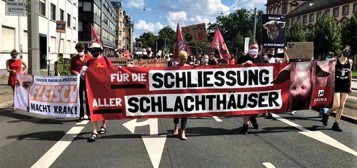 Animal Rights Watch (ARIWA)-Schweigemarsch in Mannheim