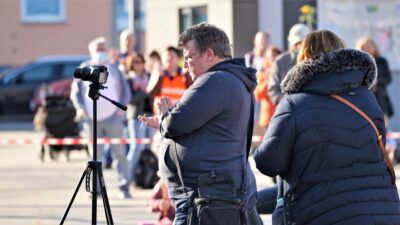 Querdenken in Speyer: Versammlungsauflagen wurden mannigfaltig missachtet - Polizei und Ordnungsbehörde liesen es quasi laufen
