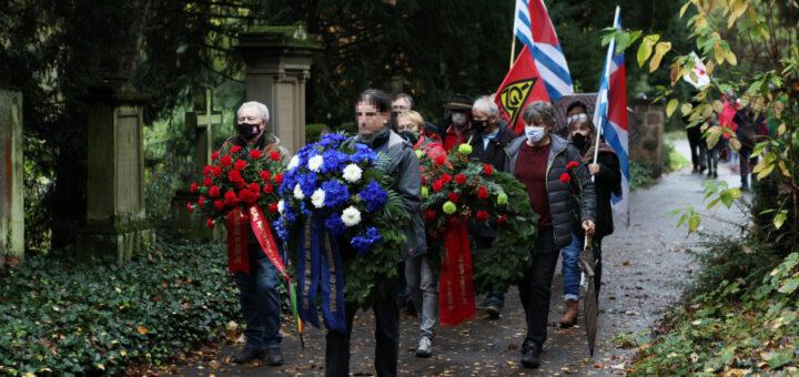Heidelberg: Pandemiegerechtes Gedenken an Widerstandskämpfer*innen [mit Video]