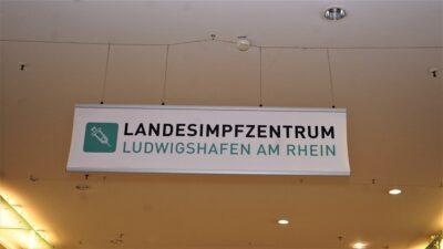 Covid19-Impfzentren in der Rhein-Neckar Region am Start / In Ludwigshafen könnten die freiwilligen Impfungen am 27.12.20 für SeniorInnen in Pflegeeinrichtungen durch mobile Teams starten (mit Bildern und Video)