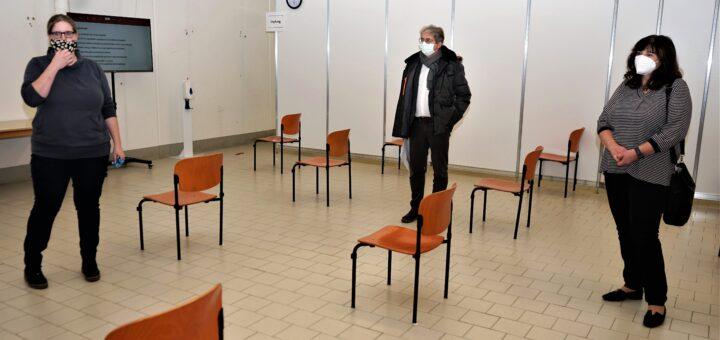 """Corona-Pandemie: Inzidenzwert in Ludwigshafen liegt bei 239 / Vorerst keine Anwendung der 15 KM-Radiusbeschränkung / Termine im Impfzentrum bis Anfang Februar ausgebucht / """"Wir machen auf"""" in Ludwigshafen gescheitert"""