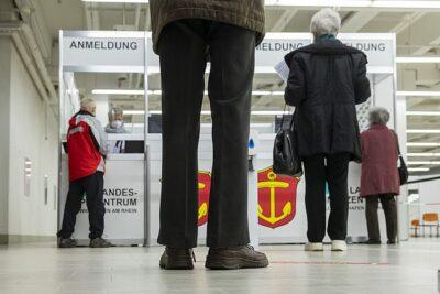 Corona-Lockdown geht in Verlängerung / Stadt Ludwigshafen warnt vor gefälschten Corona-Plakaten / Impfzentrum ist gut gestartet / Verstöße gegen Allgemeinverfügungen werden streng geahndet