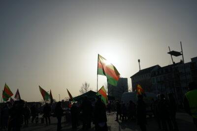 Bus-Tour mit Öcalan-Bibliothek machte auch in Mannheim Station