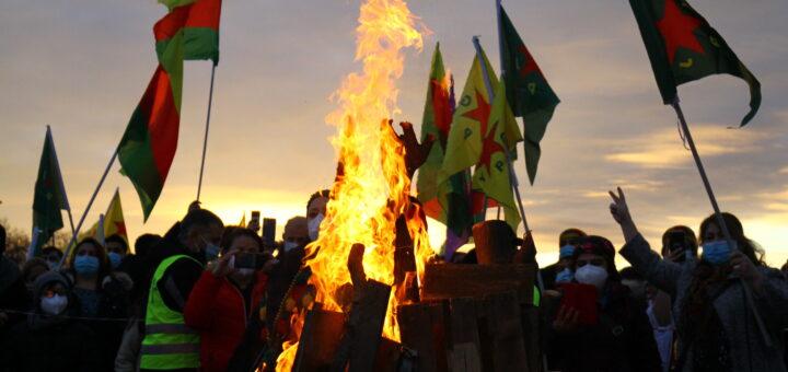 Friedliche Newroz-Feier auf dem Neuen Messplatz