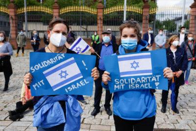Aktuelle Gaza-Krise:  Sie zwingt uns, Lösungswege für eine Friedensregelung im Nahen Osten zu fordern und zu unterstützen. Sie zwingt uns nicht zu geschichtsblinden Plattitüden. Deutschland hat eine doppelte Verantwortung: gegenüber den Bürger*innen Israels und gegenüber den Menschen in den besetzten Gebieten / Palästina